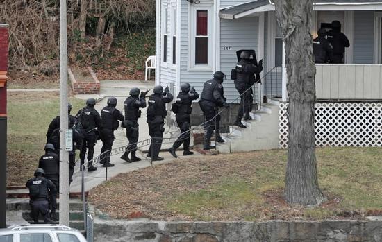 swat-team-haus